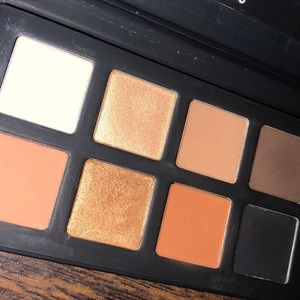 The Little One, Lawless eyeshadow palette